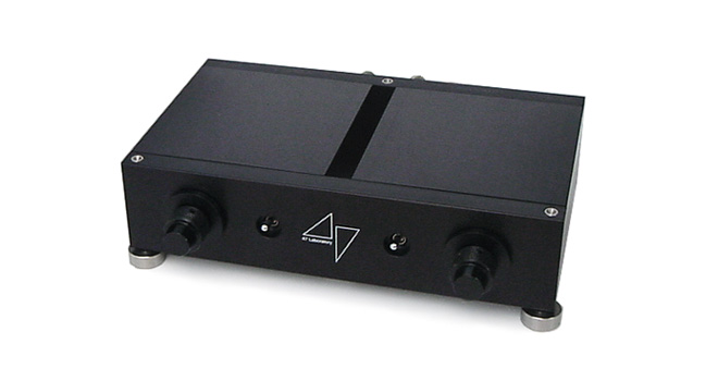 Model 4706 Stereo Amplifier