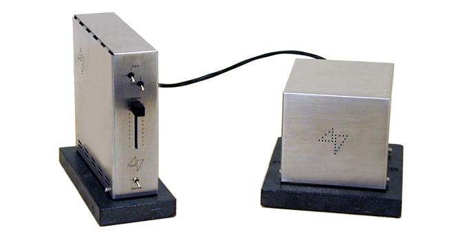 Model 4717  Stereo Amplifier